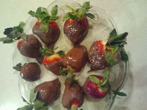 Chocolate covered strawberries (homemade)