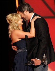 150720_People_Blake_Shelton_Miranda_Lambert_4